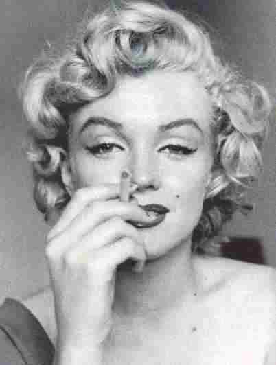 fumar es malo marilyn
